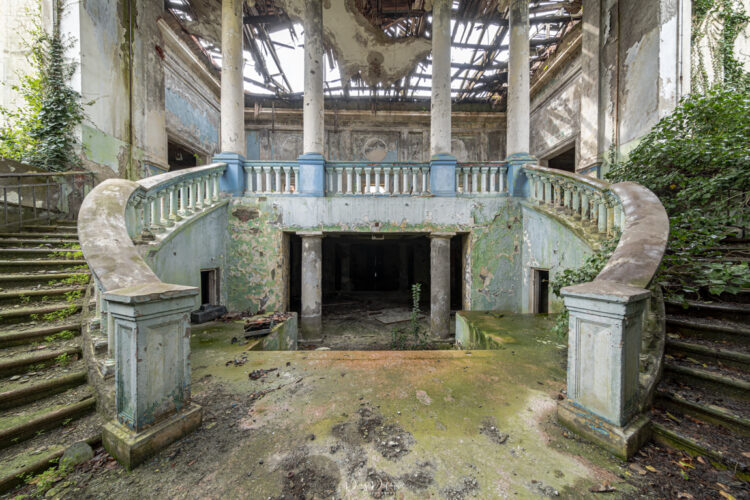HeartShaped Staircase-Modifica
